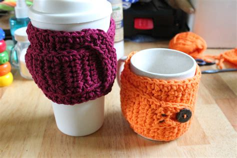 Childhood memories plus the fluid of life itself. StormFly Crafts: Awesome Coffee Mug Cozy pattern