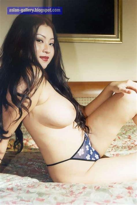 Asia Porn Photo Indo Hot Kiki Pritasari