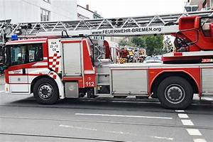 Recycling Station Bremen : feuerwehr bek mpft gro brand auf recycling station ~ Yasmunasinghe.com Haus und Dekorationen