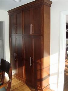 Marvelous freestanding pantry cabinet in kitchen modern for Modern kitchen pantry cupboard