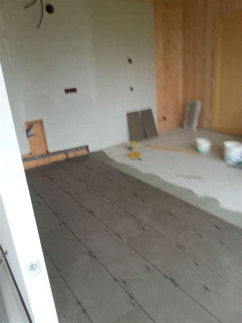peindre du carrelage cuisine plomberie ponçage carrelage peinture sol etc on