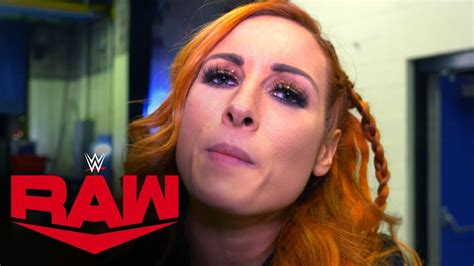 becky lynch  sign royal rumble contract raw exclusive