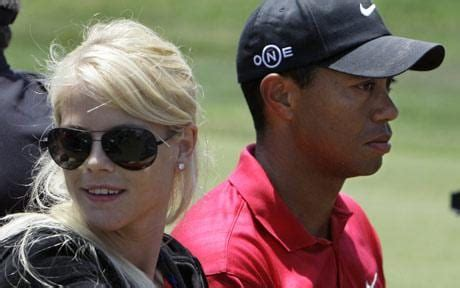 Dem don rush tiger woods wey real name na eldrick tont go hospital afta e involve for car wreck for traffic collusion, according to di. Tiger Woods' wife rescued him from car crash by smashing window with golf club