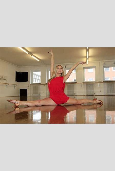 Magdalena Brzeska - Let's Dance 2012 Photocall