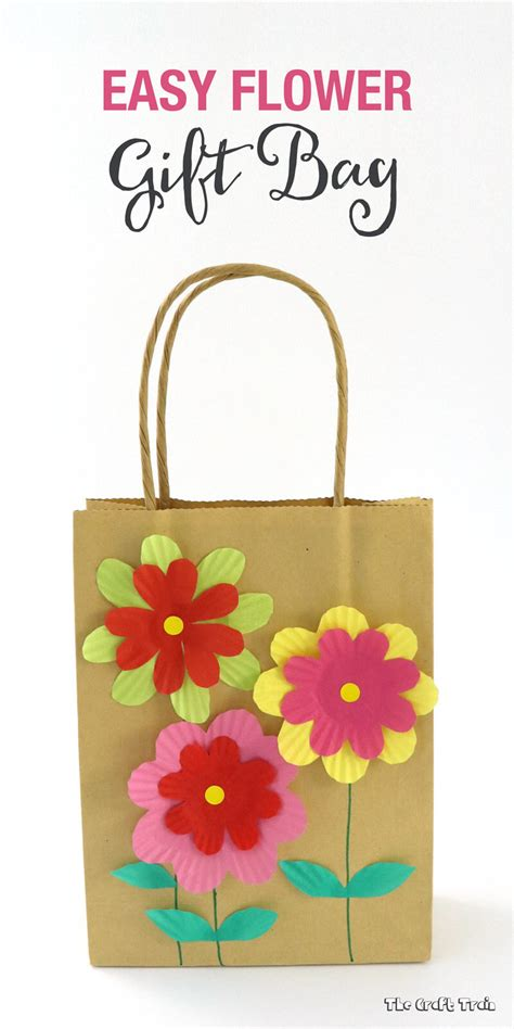 easy craft gift ideas easy gift bag with cupcake liner flowers the craft 4339