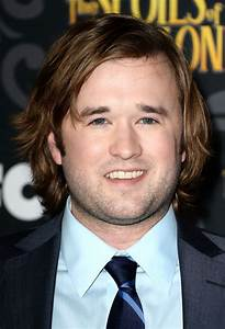 Haley Joel Osment : haley joel osment to lead comedy jay berger wants to be your friend the tracking board ~ Medecine-chirurgie-esthetiques.com Avis de Voitures