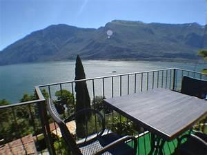 ferienwohnung top mansarde mit pool im garten tremosine With französischer balkon mit pool garten preis