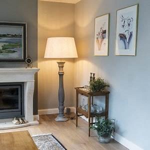 Schlafzimmer Lampen Landhausstil : die besten 25 stehlampe landhausstil ideen auf pinterest schlafzimmer im landhausstil lampen ~ Indierocktalk.com Haus und Dekorationen
