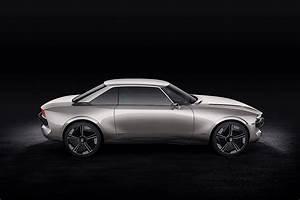 Peugeot E Concept : peugeot revives the 504 coupe as autonomous all electric e ~ Melissatoandfro.com Idées de Décoration