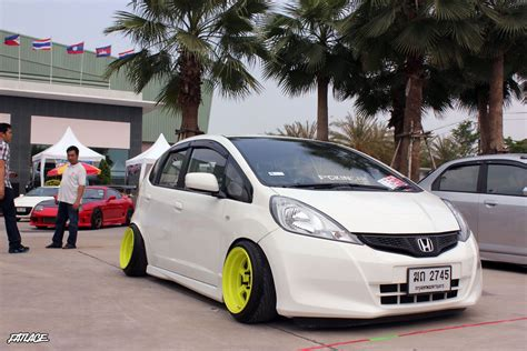 Fit Like A Glove #honda #slammed