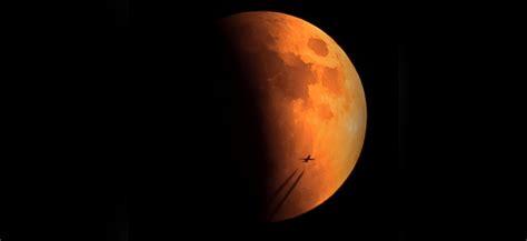Krwawy księżyc pojawi się na niebie 27 zjawisko będzie trwało około dwóch godzin. Zbliża się całkowite zaćmienie księżyca - gratka dla fanów astronomii