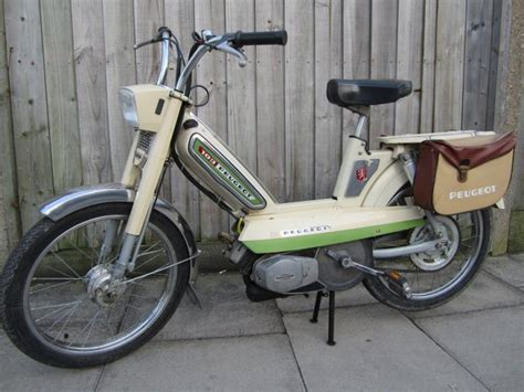 Peugeot 103 Moped by Peugeot 103 Moped 50cc Retrospective Scooters Scoot