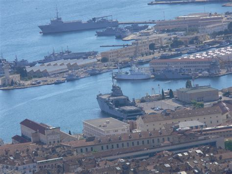 port militaire de toulon arsenal et base navale toulon