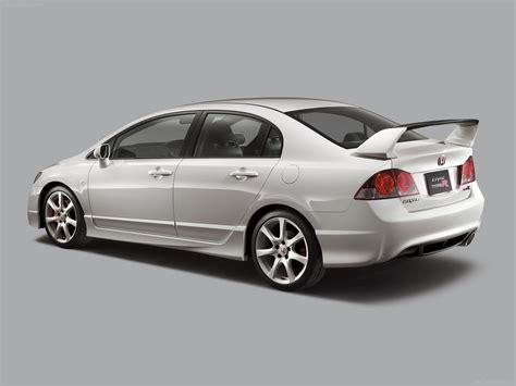 Honda Civic Type-r Sedan Photos