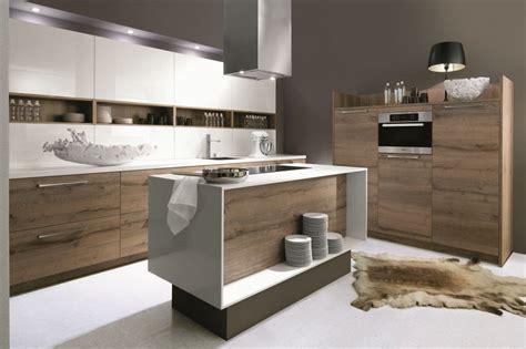 Cuisine moderne bois blanc - Le bois chez vous