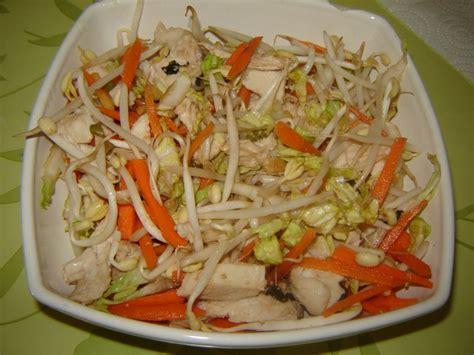 cuisiner le chou chinois salade asiatique de cyril lignac un peu de rêve dans ma