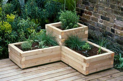 creating  wooden planter gardenersworldcom