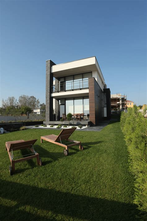 luxurious contemporary houses in romania europe
