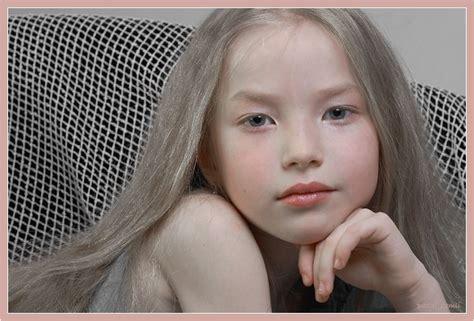 Photo Big little girl by i-er - portrait - PhotoForum.ru