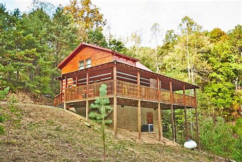 black cabins pigeon forge pigeon forge cabin black hideaway from 140 00