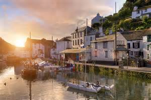 small cottages top 10 cornish fishing villages vw cer hire