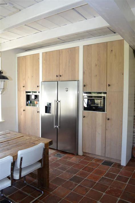 landelijk moderne keuken op maat gemaakt eiken front