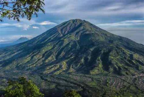 menikmati keindahan alam   tempat wisata jawa tengah