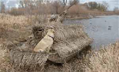 Duck Boat Shaggy Blind by Mbgrassblind