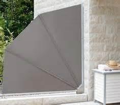 seitlicher sichtschutz balkon variable trennwand für balkon oder terrasse als sonnenschutz und seitlicher sichtschutz ein