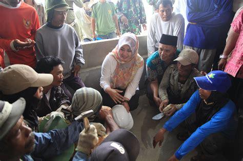 Pt Minta Dimana by Bupati Pandeglang Minta Pt Cj Serap 80 Pesen Tenaga Lokal