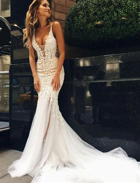 Luxurious Mermaid Long V Neck Wedding Dress With Open Back