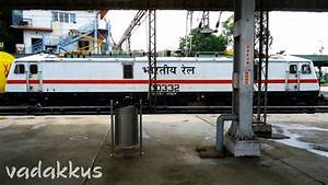 Indian Railways' Powerstar, the WAP7 Stretches Out! – Fottams!