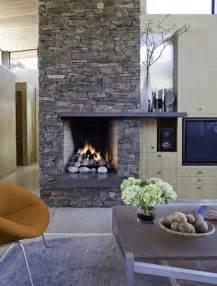 steinwand wohnzimmer kamin steinwand im wohnzimmer als starker ausdruck der zeitlosigkeit