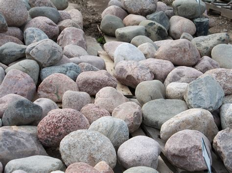 pictures of boulders landmark landscapes a lincoln landscaping company boulders
