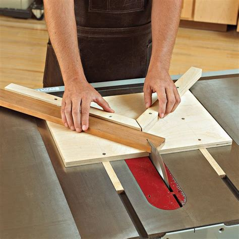 money miter jig woodworking plan  wood magazine
