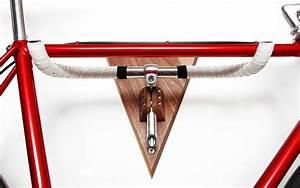 Fahrrad Wandhalterung Holz : fahrrad wandhalterung kettenreaktion edelholz n 1 von auf flur pinterest ~ Markanthonyermac.com Haus und Dekorationen