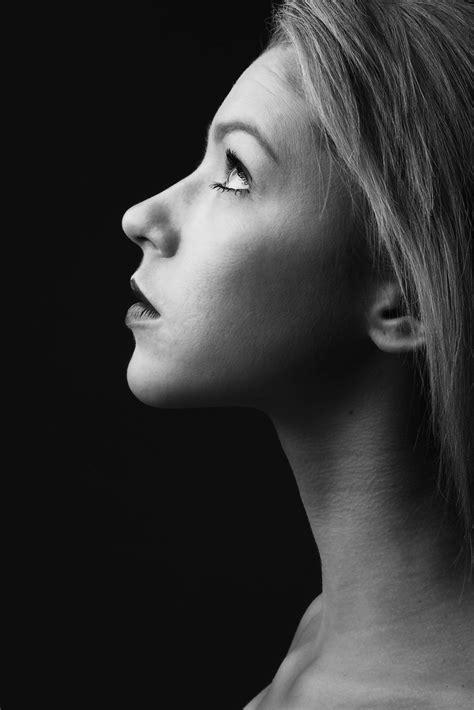 Black And White Portrait Side View Portrait Photography