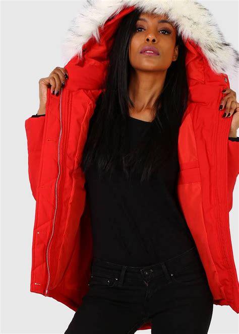 Eloisa sarkana sieviešu parka ar pagarinātu mugurpusi - Apģērbu veikals КОКОS