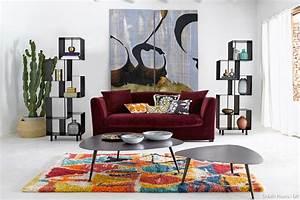 un tapis berbere dans son salon pour une ambiance cosy With tapis berbere avec canapé italien haut de gamme