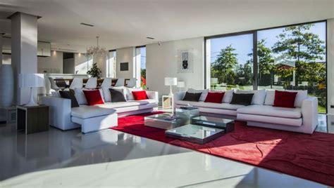 cuisine parfaite location villa contemporaine avec piscine au pays basque construire tendance