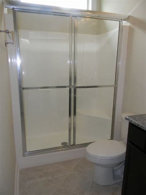 Fiberglass Shower Door by 5 Fiberglass Shower Ilo Tub Essex Extras Essex Homes
