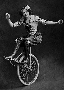 Vintage Photos of Circus Performers from 1890s-1910s ...