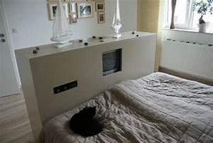 Tv Schrank Mit Halterung : schlafzimmer 39 schlafzimmer 39 unser neues zuhause zimmerschau ~ Bigdaddyawards.com Haus und Dekorationen