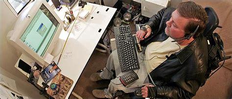 computer technology opens  world  work  disabled