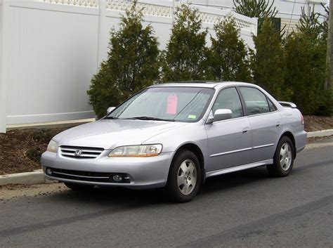 2001 Honda Accord Photos, Informations, Articles