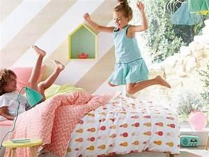 Housse De Couette Ananas : tropicool kids chambre enfant tropical joli place ~ Teatrodelosmanantiales.com Idées de Décoration