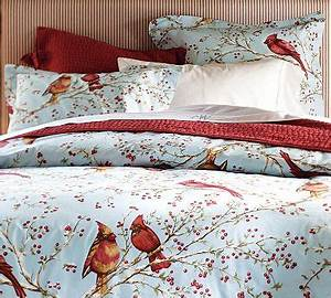 Do you have holiday bedding Fabric Flair