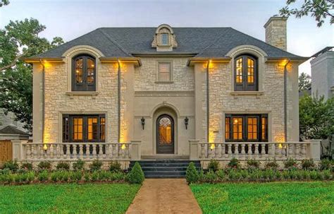 Chateau Style Homes by Chateaus Chateau Masterpiece In