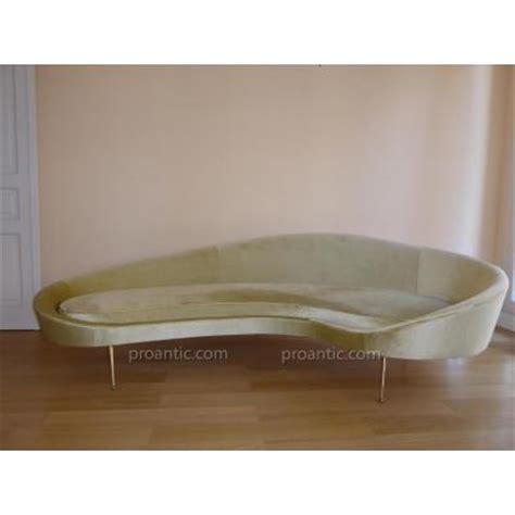 canapé forme haricot banquette ancienne canapé ancien sur proantic