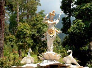 Rnb Saraswati Bunga candi cetho situs hindu di lereng barat gunung lawu